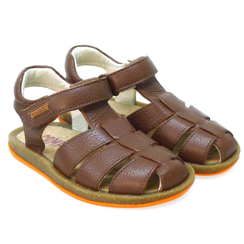 Diez zapatos de niño imprescindibles en verano.