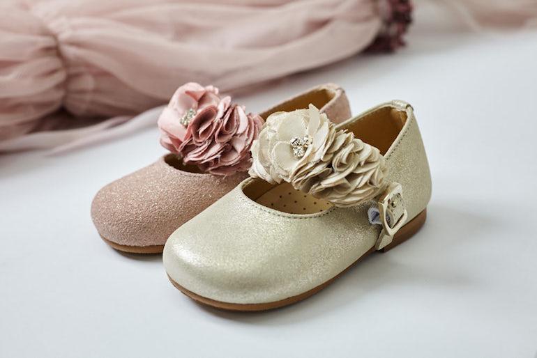 c3b201dc0 Zapatos de ceremonia para niños primeros pasos