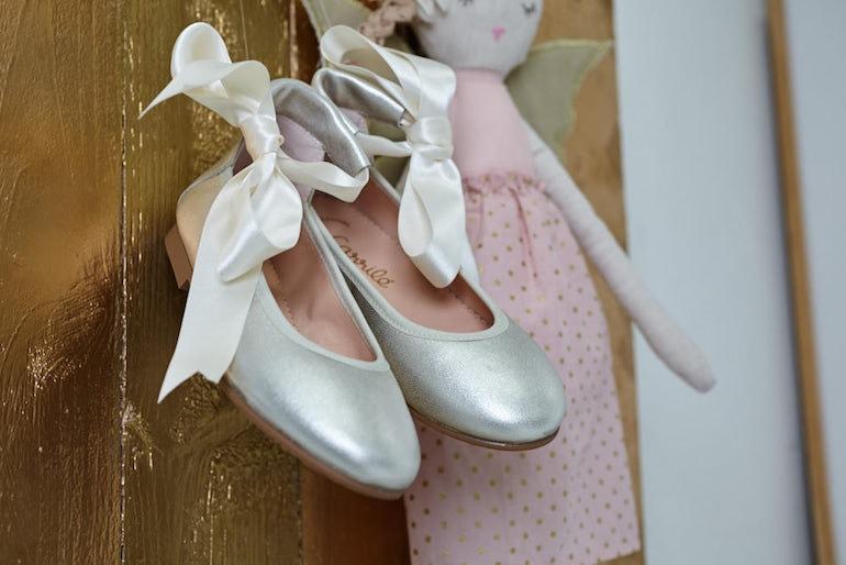 Zapatos de comunión 2019 bailarinas atadas Carrile
