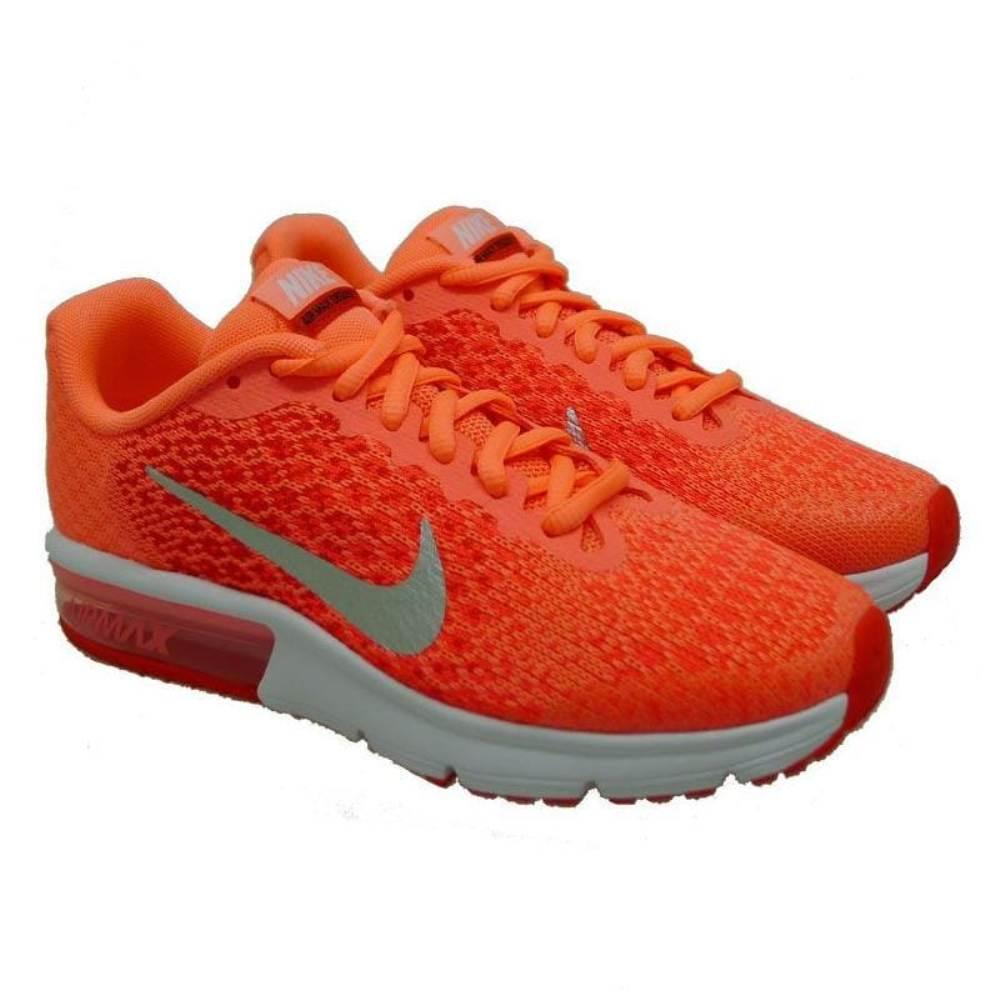 Deportiva naranja Nike Air Max 600